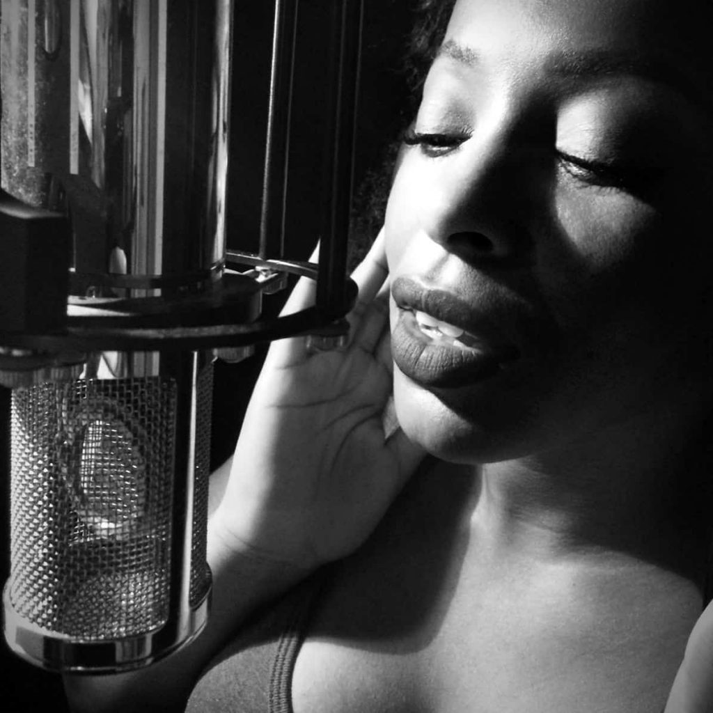 Rebecca Lee professional African-American voice actor | burgundy velvet voice | voiceover services
